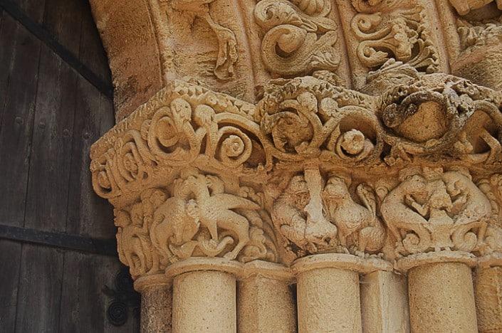 Abbaye de Blasimon, détail du portail