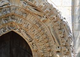 Portail de l'abbaye de Blasimon