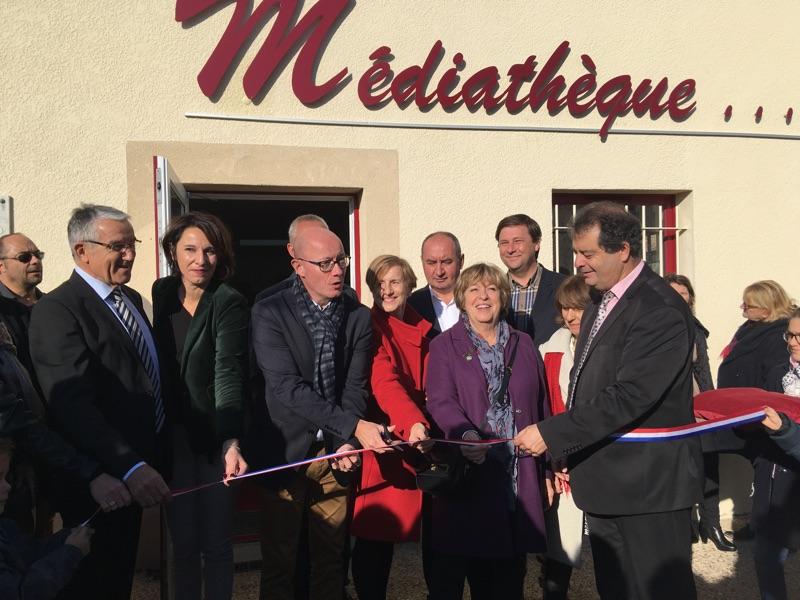 La médiathèque de Blasimon est inaugurée le samedi 17 novembre 2018 à la suite des travaux d'extension